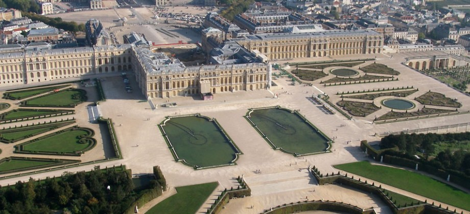 immobilier versailles property deal transactions. Black Bedroom Furniture Sets. Home Design Ideas